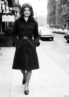Jackie takes a stroll in the streets of NYC, 1970s