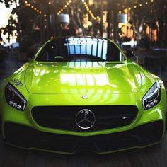 Uber Car, Car App, Car For Teens, Celebrity Cars, Upcoming Cars, Luxury Car Dealership, Top Luxury Cars, Mens Toys, Luxury Sports Cars