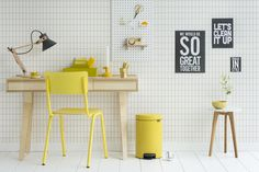 Fall in love with Daisy Yellow. NewIcon pedal bins come in 3, 5, 12, 20 and 30 litres, all with a 10 year guarantee and a sample pack of Brabantia PerfectFit Bag too!
