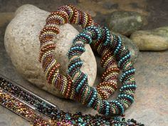 Free Beading Pattern: Spiraling Splendor Bracelets - A Cellini Spiral Stitch Tutorial by Cynthia Kimura featured in recent Bead-Patterns.com Newsletter