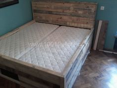 Pallet Bed with Drawers | ... Pallet bed with drawers in pallet bedroom ideas with pallet Frame Bed