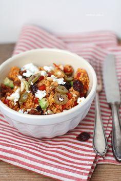 Couscous-Salat mit Avocado und Cranberries