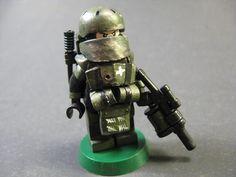 Lego Call of Duty Juggernaut Minifigure (2)