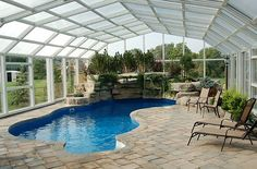 Retractable roofs offer you the best of both worlds!
