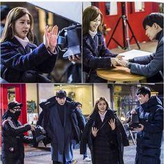 Our Gabsoon still cuts behind the scenes... Yeay...SoLim holding hands to keep thier body warm...😍😍😍 #ourgabsoon #우리갑순이 #songjaerim #송재림  #kimsoeun #김소은 #solim #winter #sbsweekenddrama
