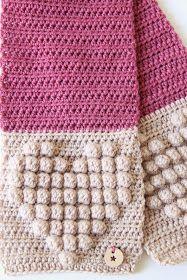 Gehaakte meisjes lente sjaaltje met hartjes (gratis patroon) Blanket, Crochet, Fashion, Moda, Crochet Crop Top, Chrochet, Fasion, Rug, Blankets