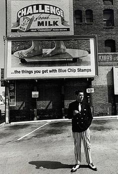 View Larry Bell, 1964 by Dennis Hopper on artnet. Browse more artworks Dennis Hopper from Tony Shafrazi Gallery. Dennis Lee, Civil Rights March, Kansas City Art Institute, Dennis Hopper, Actor Studio, Artist Profile, Field Guide, Light And Shadow, Larry