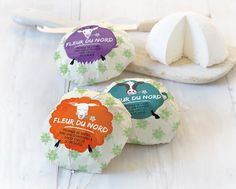 Fleur du Nord on Packaging of the World - Creative Package Design Gallery Design Package, Label Design, Box Design, Cheese Packaging, Food Packaging, Fromage Aop, Maine, Farm Logo, Artisan Cheese