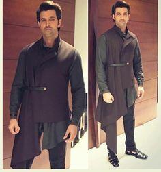 Mens Indian Wear, Indian Wedding Wear, Indian Groom Wear, Wedding Men, Western Dresses For Mens, Blazer For Boys, Blazers For Men, Black Blazers, Mens Traditional Wear
