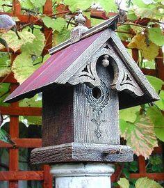 How to Build a Bird House #birdhousetips #buildabirdhouse #diybirdhouse #howtobuildabirdhouse