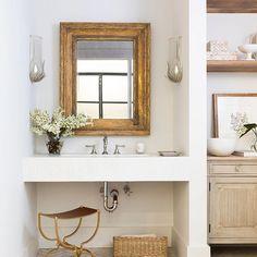Home Decor Styles .Home Decor Styles Bathroom Interior Design, Home Interior, Decor Interior Design, Interior Decorating, Interior Modern, Interior Paint, Home Decor Styles, Cheap Home Decor, Home Decor Accessories