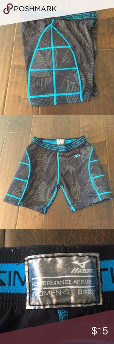 Black softball sliding shorts Black Mizuno fastpitch softball sliding shorts with blue embroidery. Super comfortable. No holes and in great condition. Mizuno Shorts