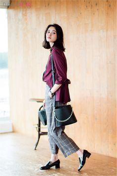 【今日のコーデ/比留川游】仕事を頑張りたい金曜日はチェックパンツで秋色トラッド! | ファッション(コーディネート・流行) | DAILY MORE