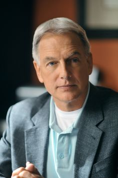 Check out the latest photos from NCIS including Mark Harmon, Michael Weatherly & Sean Murray. Full galleries of cast, backstage, and show pictures from CBS. Serie Ncis, Ncis Tv Series, Gibbs Ncis, Leroy Jethro Gibbs, Ncis Abby, Ncis New, Mark Harmon, Ncis Cast, Ncis Los Angeles