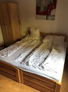 Typical example of an Austrian twin bed set up - 2 single bed frames, pushed together with 1 double mattress. Bedding is separate. Bed Frames, Gap Year, Earn Money, Austria, Separate, Mattress, Skiing, Twin, Bedding