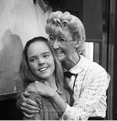 Little House on the Prairie Mary Ingalls and Miss Eva Beadle