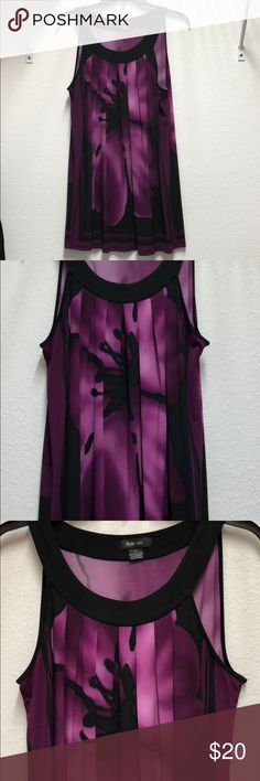 """Stunning Magenta and Black Tunic💝🛍 Romantic dinner plans?? This Macy's magenta(Eggplant) and black tunic pairs with your favorite pair of leggings is sure to make his heart skip a beat when he sees you walk in! Super comfy and lightweight. Beautiful neckline, can be worn as is or throw on a short bolero jacket or shrug! Size: M, Length from shoulder: 31"""". Like Brand New! Style & Co Tops Tunics"""