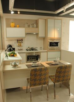 Awesome 57 Modern Small Kitchen Designs For Apartment. More at https://homedecorizz.com/2018/04/03/57-modern-small-kitchen-designs-for-apartment/