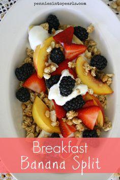 Breakfast Banana Split - penniesintopearls.com - #bananasplit #breakfastbananasplit #healthybreakfast #breakfast #quickbreakfast