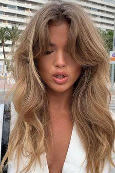 Bangs With Medium Hair, Medium Hair Styles, Long Hair Styles, Cut My Hair, Hair Cuts, Lange Blonde, Glamour Hair, Glamour Uk, Triangle Hair
