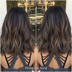 Zobacz na Instagramie zdjęcie użytkownika @long.the.hong • Polubienia: 204. Love this Medium lob with waves and caramel ash brunette haircolor CUT