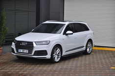 Seitenschwellen / Trittbretter Audi - New Sites Audi Q7, Dream Cars, Super Cars, Trucks, Vehicles, Sedans, Weapons, Tech, Group