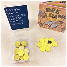 {A Pinch of Kinder} Bee Inquiry: Kindergarten Centre Idea: Can you build a hive for the bees? Can you tell a bee story? Kindergarten Inquiry, Kindergarten Centers, Preschool Science, Preschool Lessons, Preschool Classroom, Literacy, Classroom Decor, Kindergarten Library, Preschool Themes