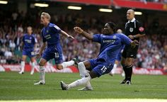 Didier Drogba fires one in against Arsenal for Chelsea in the 2005 Final www.betfred.com/football Fa Community Shield, Arsenal, Chelsea, Soccer, Football, History, Sports, Futbol, Futbol