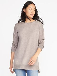 A big oversized sweater in brown or grey or black