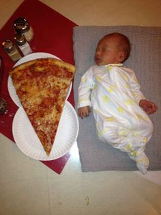 This baby-sized slice of 'za. | The 28 Most New Jersey Things To Ever Happen