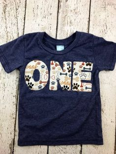 Very cool retro/vintage style print on a super soft organic blend heathered tee. Cute little paw print design. These organic blend, heathered shirts are great for birthday celebrations, family photos and everyday wear. ***lil threadz loves custom orders! If you dont see a theme or print that floats your boat in the shop please contact me to arrange a custom order.   OUR DESIGNS ARE MADE TO ORDER AND CUSTOMIZABLE. THEY CAN BE CREATED FOR ANY CELEBRATION 0 -100+. WE ALSO CARRY INFANT ONE P...