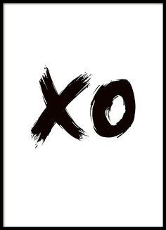Svartvit illustrerad poster med texten xo