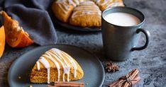 Vynikajúce jesenné koláčiky skrásnym sfarbením avôňou hrejivých korenín.
