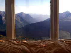 I don't think I would ever get out of bed with this view.