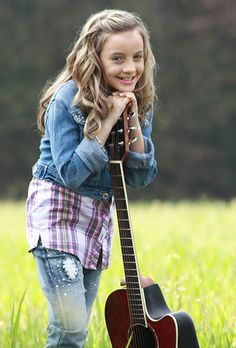 chloe channell photo | i love this little girl. She is a great singer to be only 11. Everyone support @ChloeChannell