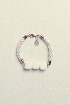 Kendall bracelet // IDR 169.900 / $18.86