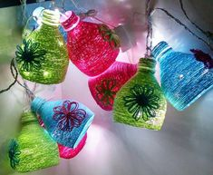 How to make decorative hanging from bottle - Simple Craft Ideas Jute Crafts, Easy Crafts, Diy And Crafts, Crafts For Kids, Plastic Bottle Crafts, Diy Bottle, Bottle Garden, Plastic Bottles, Hanger Crafts