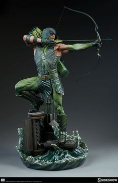 Aim to Add the Green Arrow Premium Format™ Figure to Your DC Collection!   Sideshow Collectibles