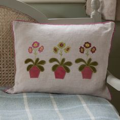 This beautiful handmade cushion featuring Auricula flowers are appliqued in silks and velvet on a natural linen base. This cushion is suitable for a smart drawing room or a cosy relaxed kitchen. Embroidered Cushions, Embroidered Flowers, Susie Watson, Dog Cushions, Shetland Wool, Free Motion Embroidery, Handmade Cushions, Flower Applique, Cushion Pads