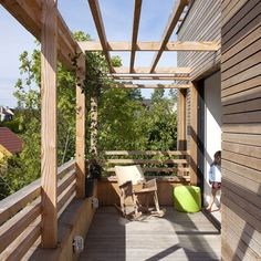 eco sustainable house deck