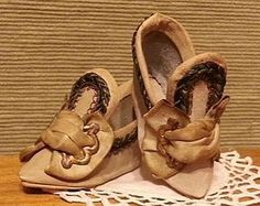 Gorgeous French Slippers for Bebe or Large Fashion from CHERIE'S PETITE BOUTIQUE on Doll Shops United http://www.dollshopsunited.com/stores/CPB/items/1287335/Gorgeous-French-Slippers-for-Bebe-Large-Fashion #dollshopsunited