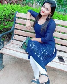 Beautiful Girl In India, Beautiful Girl Photo, Cute Girl Photo, Stylish Girls Photos, Stylish Girl Pic, Indian Girls Images, Cute Little Girl Dresses, Cute Girl Poses, Cute Girl Face