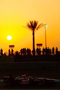 KR in the sunset! Abu Dhabi GP F1 2013
