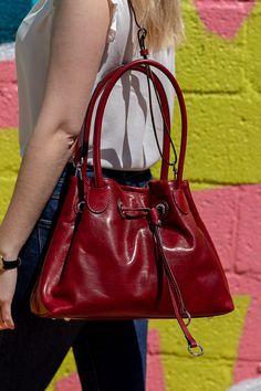 Italian Leather Handbags, Leather Purses, Leather Bags, Fashion Handbags, Purses And Handbags, Fashion Bags, Unique Purses, Cute Purses, Balenciaga City Bag