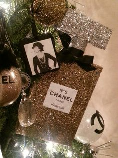 Chanel Christmas Ornaments.87 Best Chanel Ornaments Images In 2017 Diy Christmas
