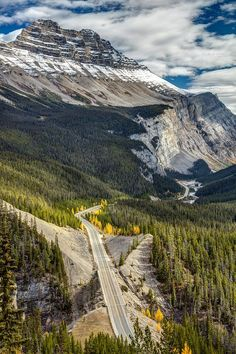 One of the most scenic drive in the world, The Icefield Parkway, between the town of Lake Louise and Jasper, crossing Banff and Jasper National Park, Alberta, Canada by Pierre Leclerc Photography