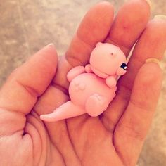 And this tiny pink dinosaur!   This Artist Creates Adorably Weird Figurines Out Of Clay