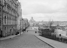 30 Fascinating Vintage Photos Capture Street Scenes of Helsinki, Finland in the ~ vintage everyday Helsinki, Old Photos, Vintage Photos, Map Pictures, History Of Photography, Before Us, Great Shots, Where To Go, Time Travel