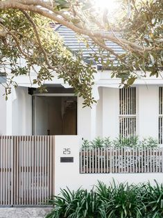 Queens Park House is the transformation of an existing semi-detached cottage in Sydney. Inside, the material palette and architecture explores the use of steel detailing as well as various natural hues and textures. Design Exterior, Home Interior Design, Gate Design, House Design, Renovation Design, Modern Fence Design, Park Homes, Facade House, Semi Detached