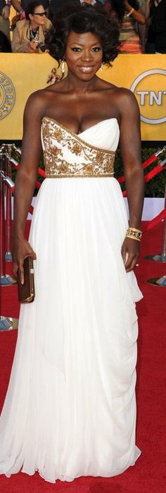 Viola Davis in Marchesa......I would put my bridesmaid in this